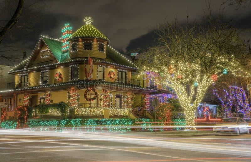 Decoração da casa clara de Natal foto de stock