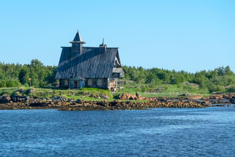 Decoração da igreja para o filme 'a ilha 'na vila de Rabocheostrovsk, Kem fotografia de stock royalty free