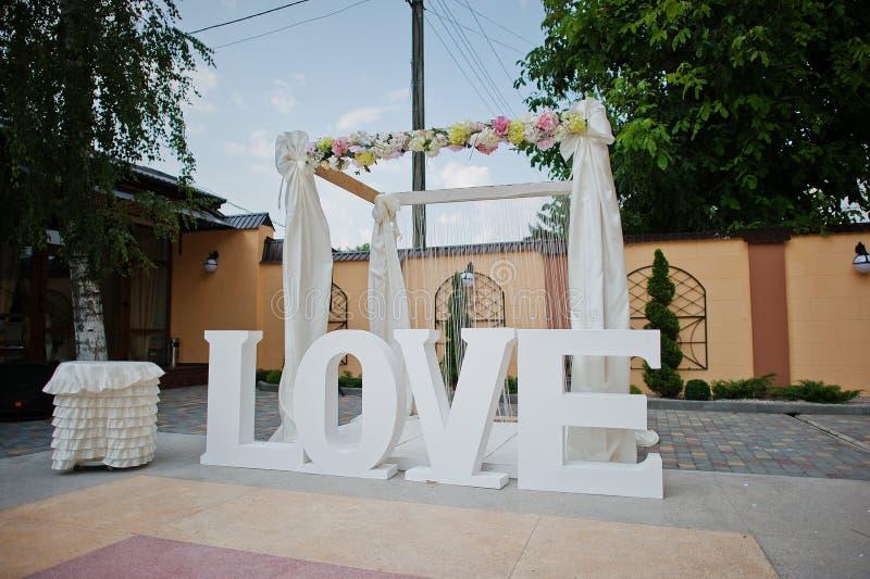 Decoração da palavra do casamento imagens de stock royalty free