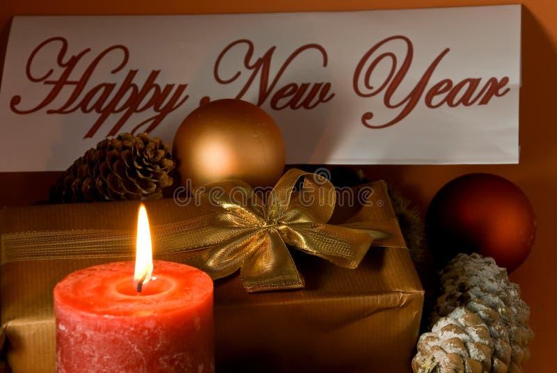 Decoração de ano novo e de Natal com presente, esfera fotografia de stock
