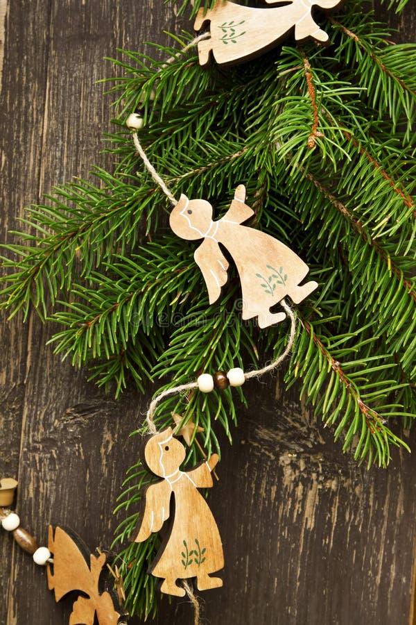 Decoração de madeira do Natal dos anjos do vintage imagens de stock royalty free