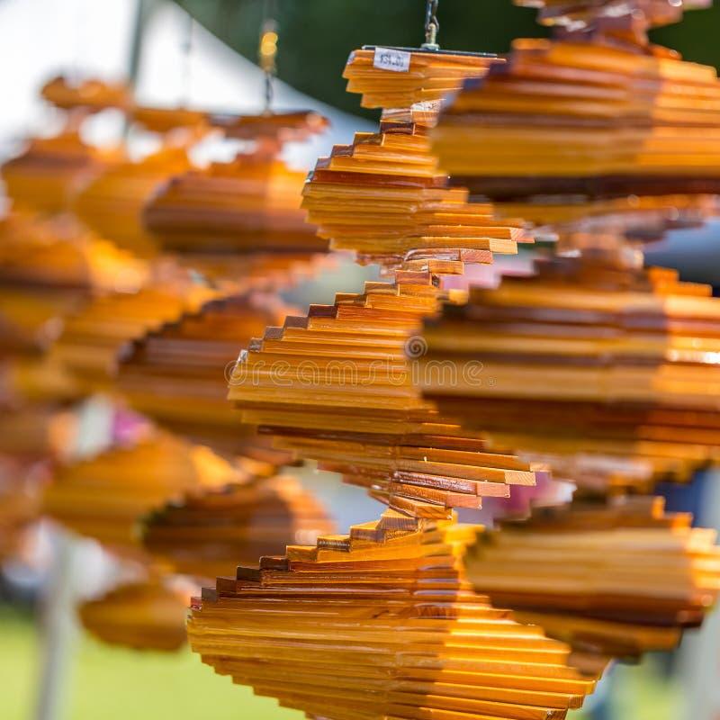 Decoração de suspensão de madeira para a venda imagem de stock