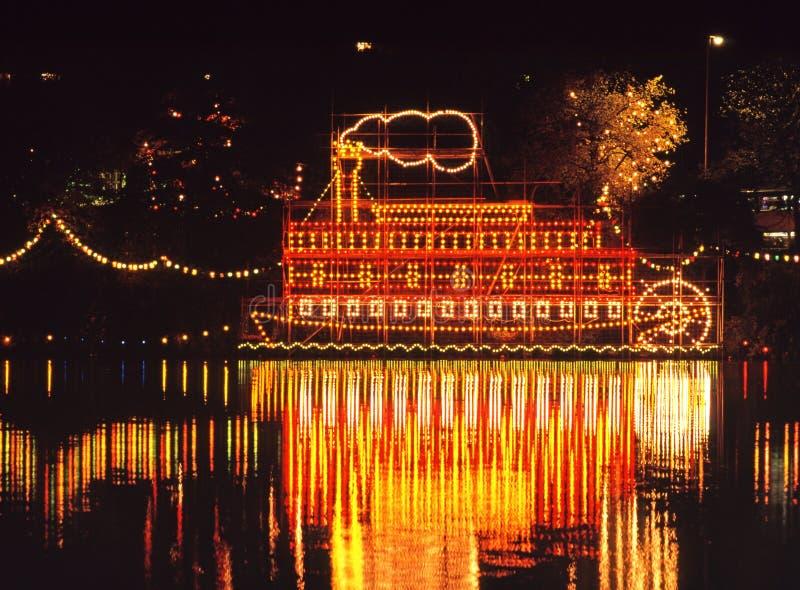 Decoração do barco do vapor na noite. fotografia de stock