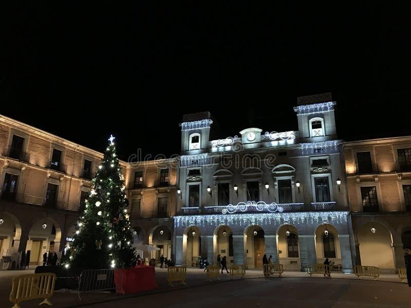 Decoração do Natal nas ruas da cidade de Avila fotos de stock
