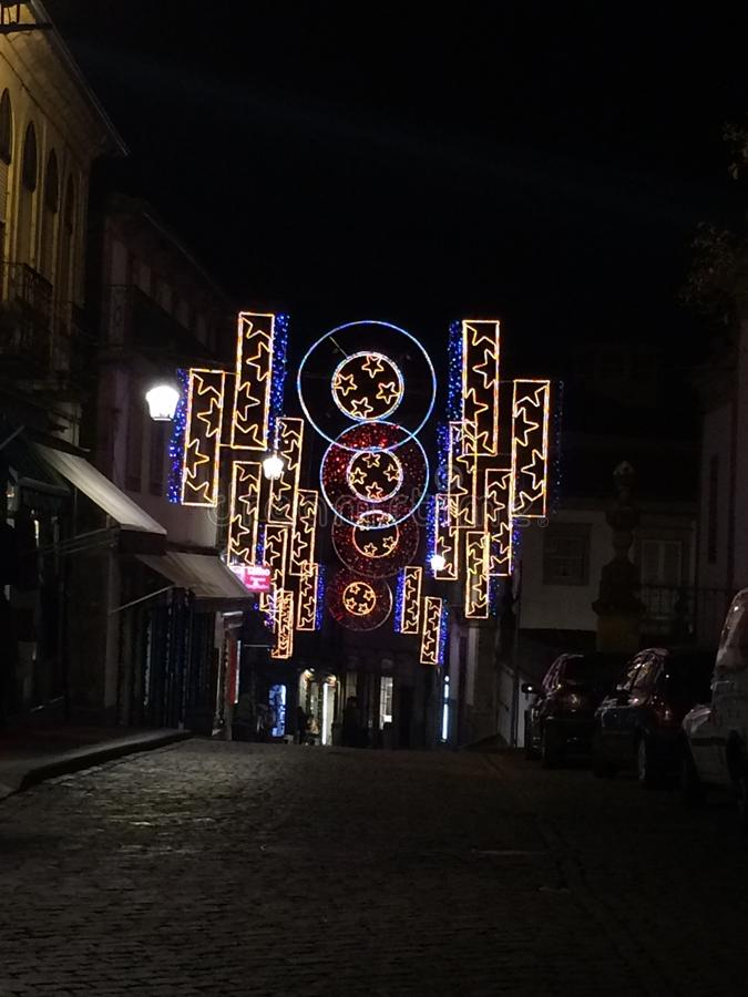 Decoração do Natal nas ruas da cidade de Chaves fotografia de stock royalty free
