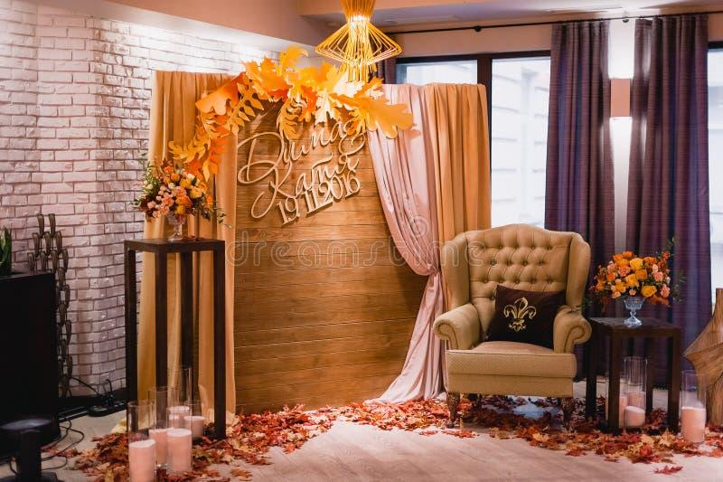 Decoração incomum bonita do casamento Estilo rústico imagens de stock royalty free