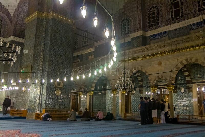 Decoração interior da mesquita azul de Sultanahmet da mesquita fotos de stock royalty free