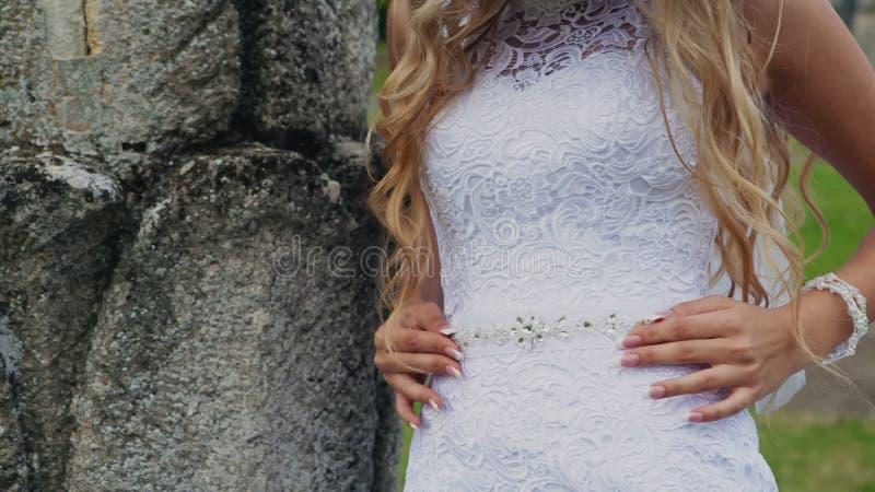 Decoração no vestido de casamento branco Mulher filme