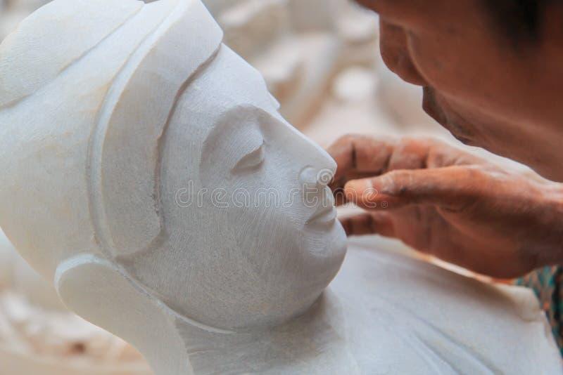 Decoração o mármore para fazer a estátua da Buda fotos de stock