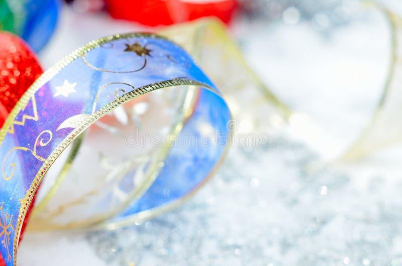 Decorações coloridas do Natal fotografia de stock
