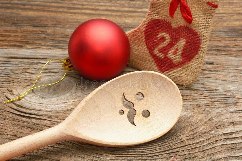 Decorações de madeira da colher e do Chrismas imagens de stock
