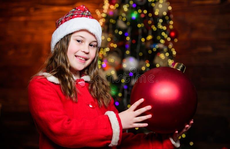 decorações de Natal Desdecorar tudo ao redor Brinquedo espumante Eu adoro decorar árvore de natal Atmosfera festiva foto de stock royalty free