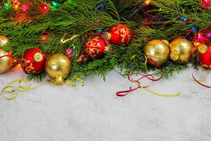 Decorações do Natal com espaço vazio para o texto imagem de stock royalty free