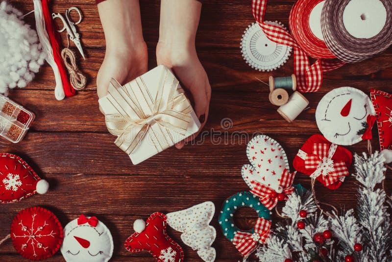 Decorações do Natal de feltro fotos de stock