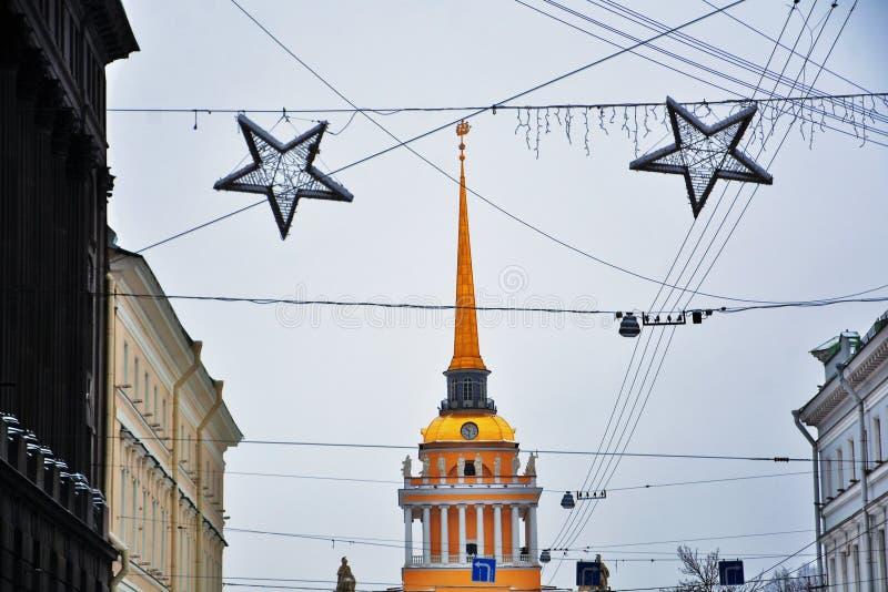 Decorações do Natal e do ano novo 2019 em St Petersburg fotos de stock royalty free