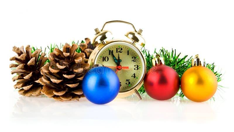 Decorações do pulso de disparo e do Natal imagens de stock royalty free