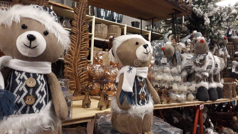 Decorações e ursos de Chrismas fotografia de stock