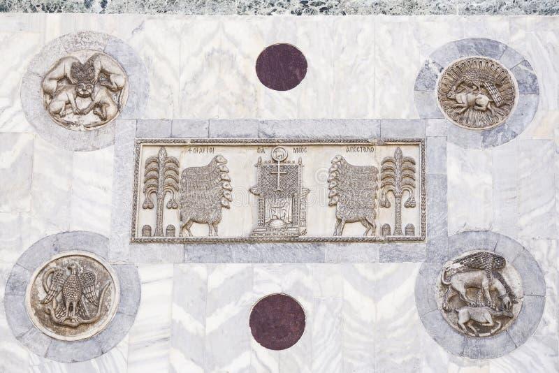 Decora??o arquitet?nica na fachada de San Marco Cathedral em Veneza imagens de stock royalty free
