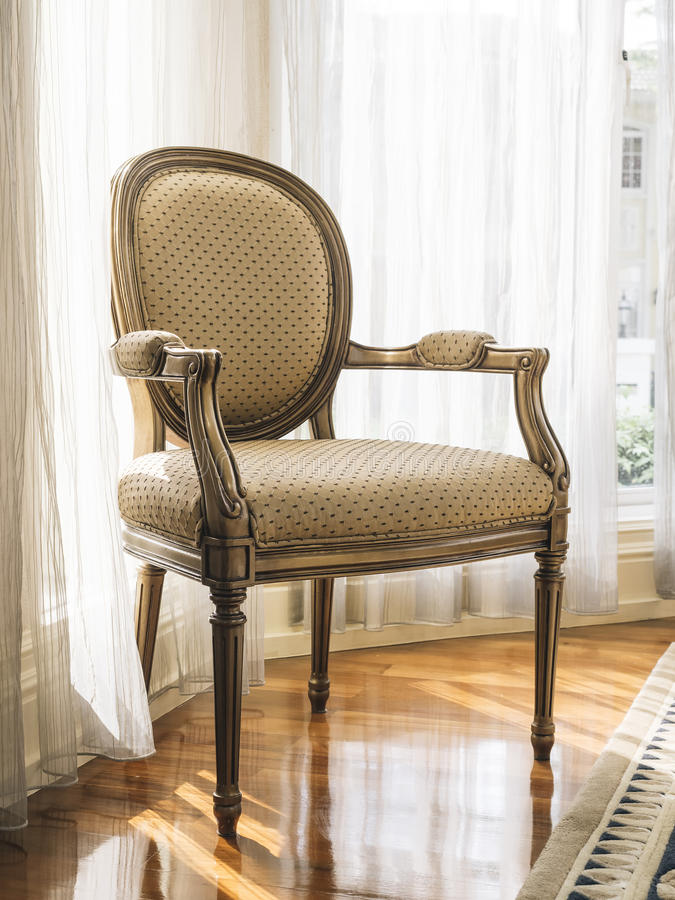 Decoración clásica de los muebles del hogar del estilo de la silla foto de archivo libre de regalías
