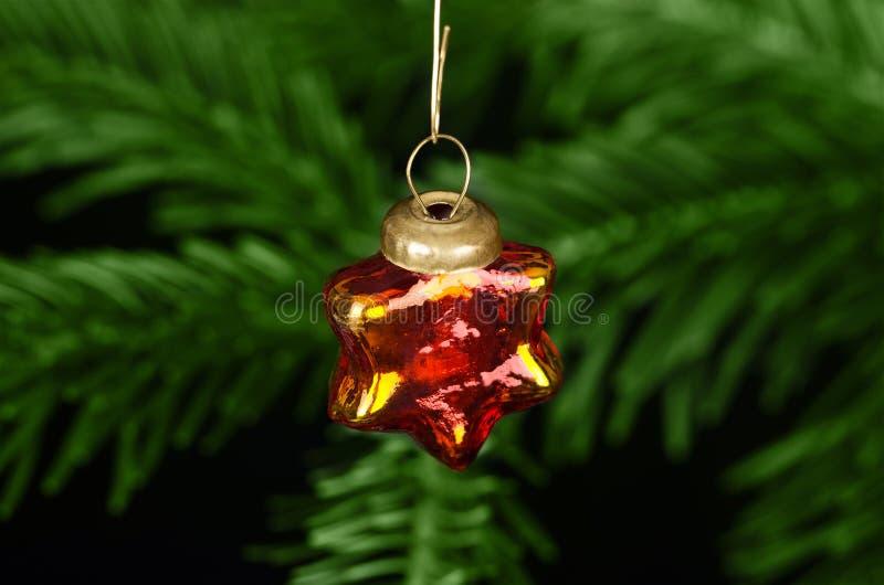 Decoración de cristal del árbol de navidad de la chuchería de la estrella fotografía de archivo libre de regalías