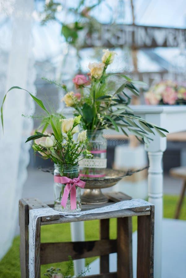 Decoración de la flor de la boda fotos de archivo libres de regalías
