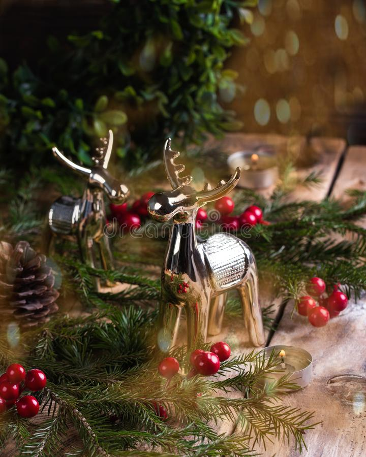 Decoración de la Navidad en fondo de madera Concepto del Año Nuevo fotos de archivo