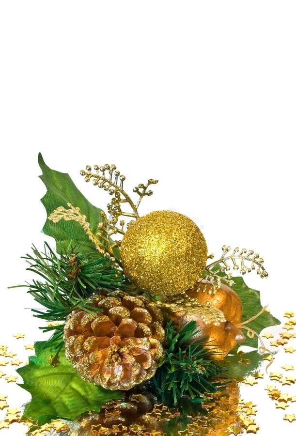 Decoración de la Navidad - ramificación del oro verde foto de archivo libre de regalías