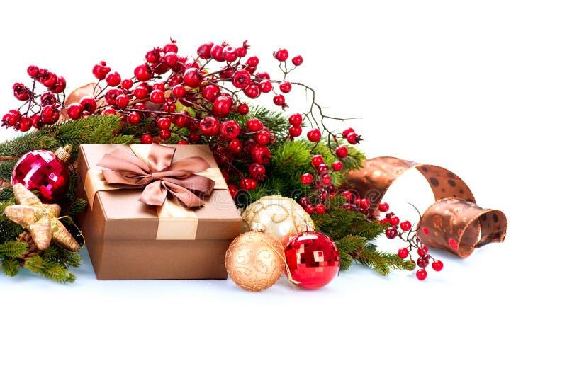Decoración de la Navidad y rectángulo de regalo fotografía de archivo libre de regalías