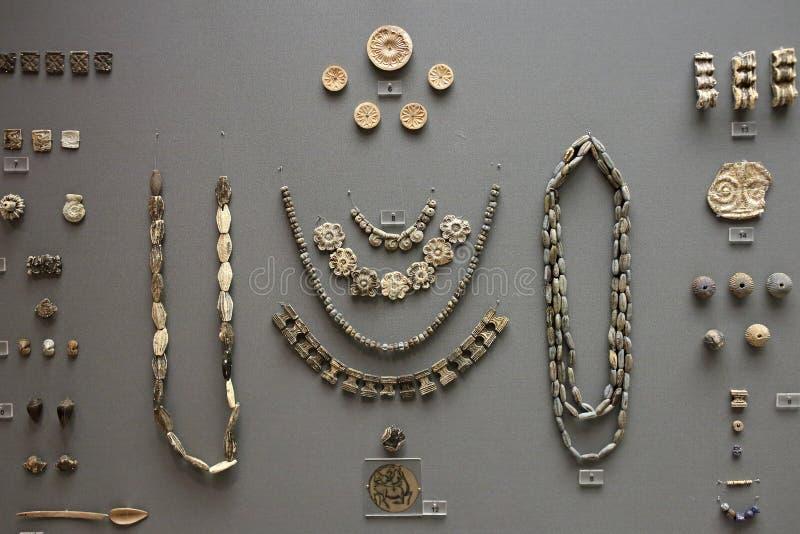 Decoración de piedra Mycenaean en el museo de la arqueología, Atenas, Grecia fotografía de archivo libre de regalías