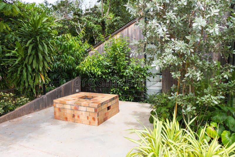 Decoración del jardín en el tejado foto de archivo libre de regalías