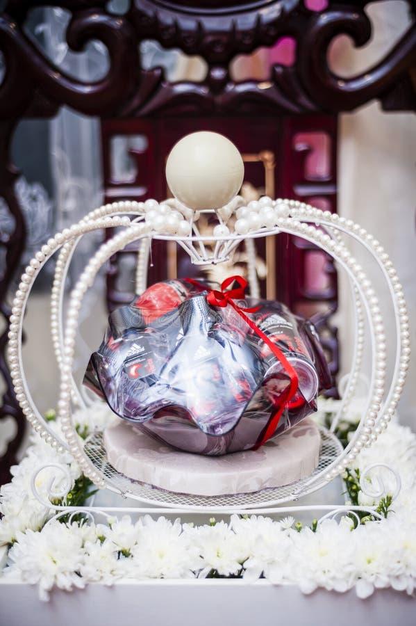 Download Decoración Del Regalo De Boda Foto de archivo - Imagen de regalo, industrias: 41912520
