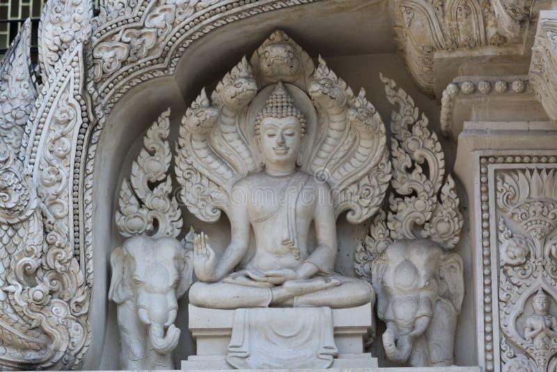 Decoración en el templo fotografía de archivo libre de regalías