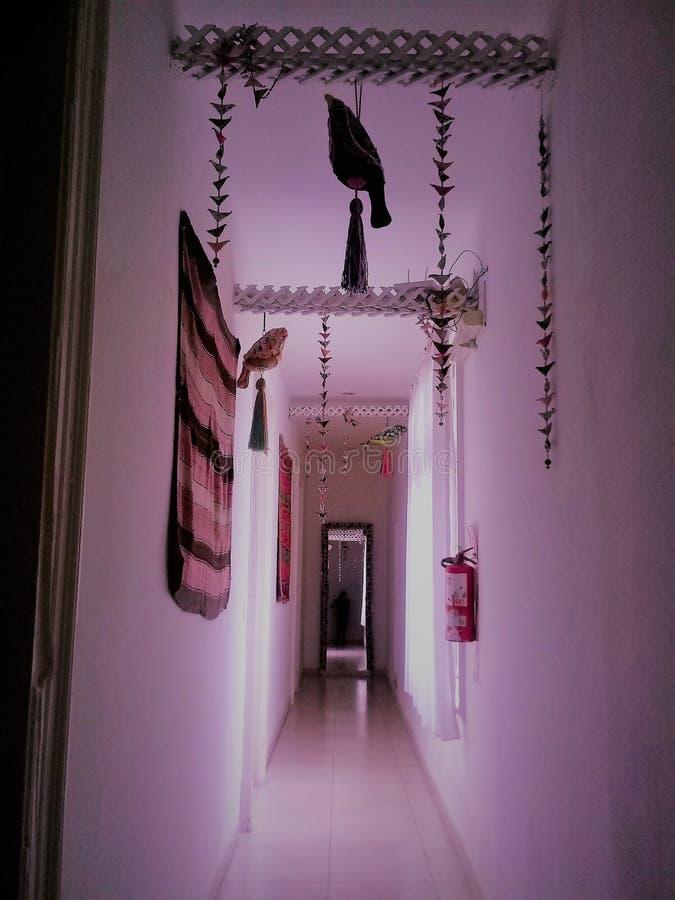 Decoración en paradores vestíbulos pájaros foto de archivo