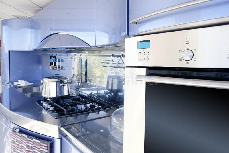 Decoración moderna de la configuración de la cocina de plata azul fotos de archivo