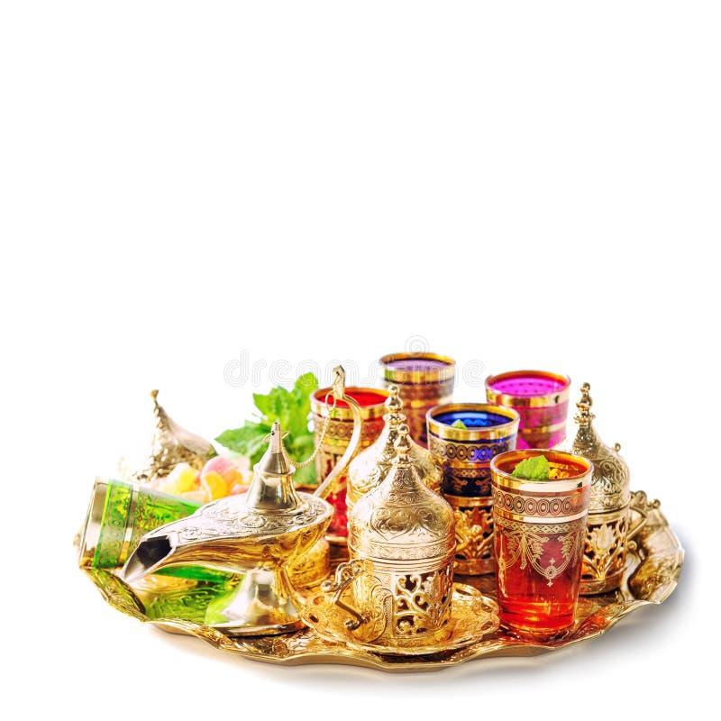Decoración oriental de los días de fiesta de la hospitalidad de las hojas de menta del té fotos de archivo