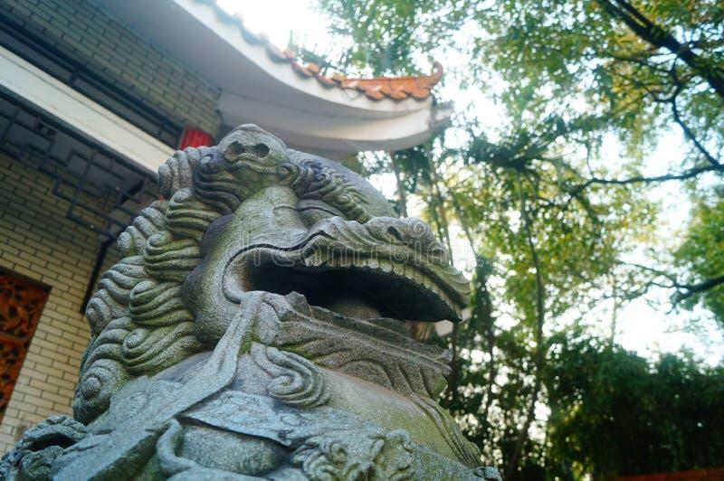 Decoración popular tradicional china: león de piedra fotografía de archivo libre de regalías