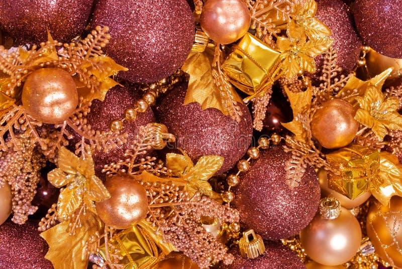 Decoraciones clasificadas de la Navidad - chucherías, guirnaldas imagen de archivo