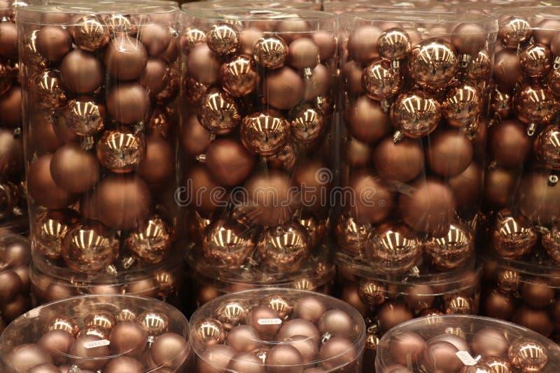 Decoraciones de bronce de la Navidad imagen de archivo