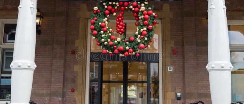 Download Decoraciones de la Navidad foto de archivo. Imagen de highlights - 64212460