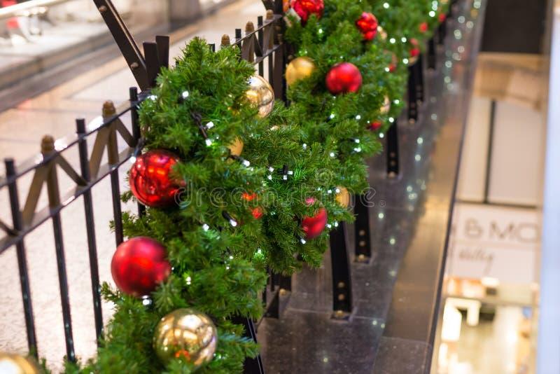 Download Decoraciones de la Navidad imagen de archivo. Imagen de decoración - 64212583