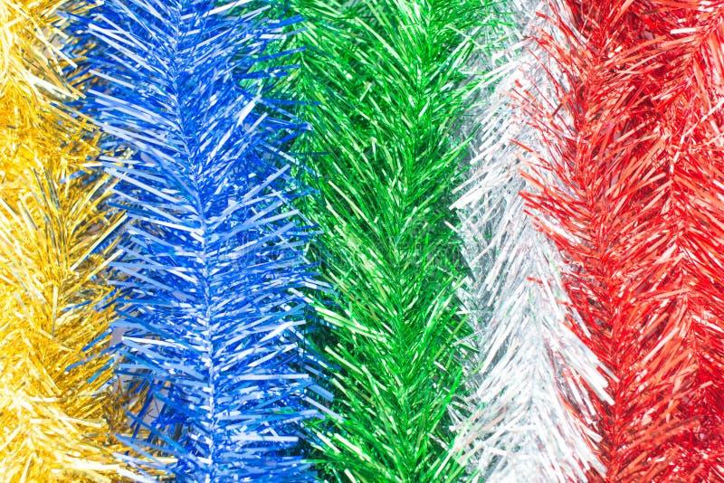 Decoraciones de la Navidad con el fondo vertical colorido imagen de archivo libre de regalías