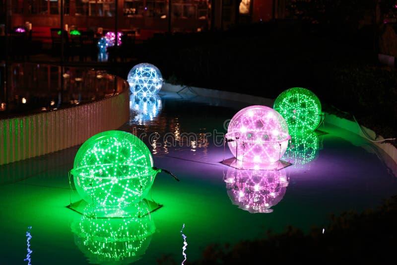 Decoraciones de la Navidad de Tokio imagenes de archivo