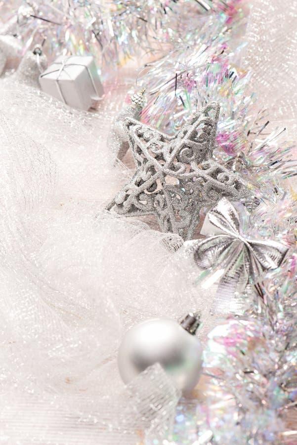 Decoraciones de plata de la Navidad foto de archivo libre de regalías