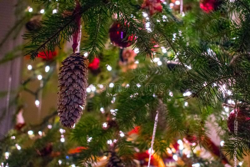 Decoraciones del ?rbol de navidad imagenes de archivo