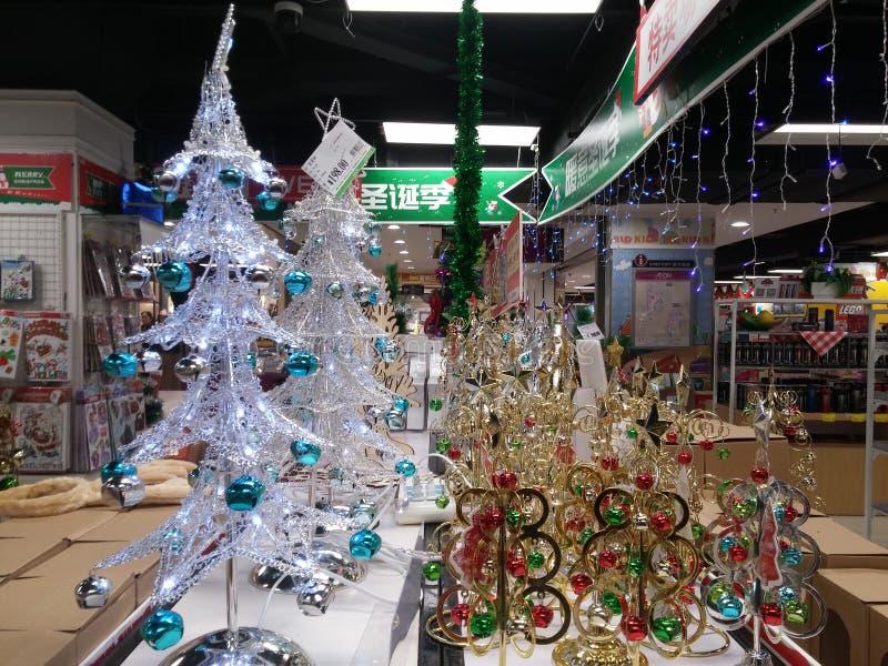 Decoraciones del regalo de Santa Claus y de la Navidad fotografía de archivo libre de regalías