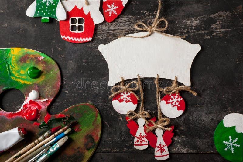 Decoraciones hechas a mano de la Navidad imágenes de archivo libres de regalías