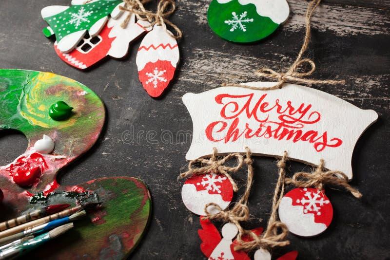 Decoraciones hechas a mano de la Navidad foto de archivo libre de regalías