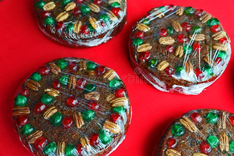 Decorado e cozido para o Natal imagem de stock