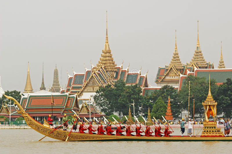 Download Decorated Barge Parades At The Chao Phraya River Editorial Photography - Image: 30353212