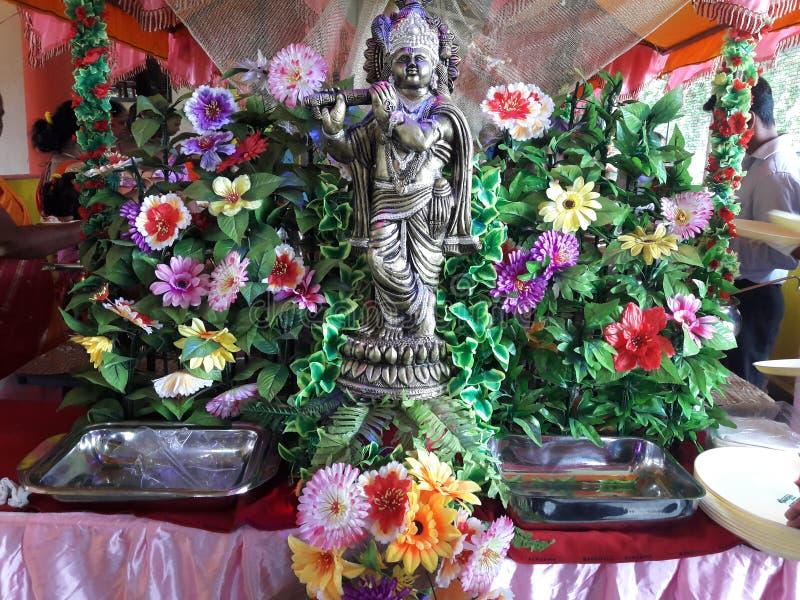 Decoratie van bloemen voor buffet royalty-vrije stock afbeeldingen